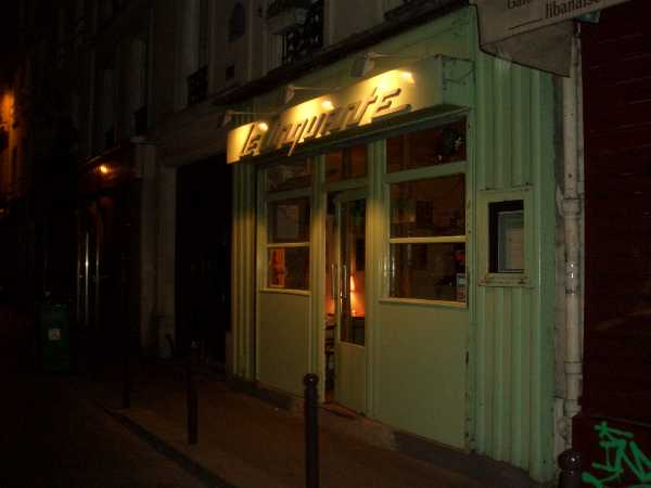 Le cinquante un bar qu'il est joli.